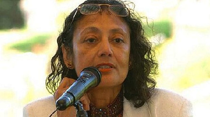 """a father by bharati mukherjee This one-page guide includes a plot summary and brief analysis of the  management of grief by bharati mukherjee """"the management of grief"""" is a short  story."""